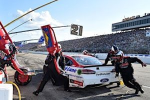 Blaney Moves To 12th In Points Despite 19th-Place Finish At New Hampshire