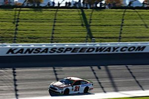 David Pearson-Like Drive At Kansas Earns Blaney A Berth In The Round Of Eight