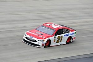 Drive-Train Issues Drop Blaney To 32nd At Dover