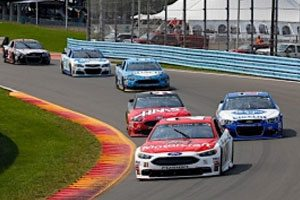Late-Race Gamble At The Glen Comes A Couple of Laps Short For Blaney, Motorcraft/Quick Lane Team