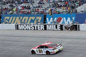 Rain-Or-Shine-Motorcraft-Quick-Lane-Team-Ready-To-Go-At-Dover