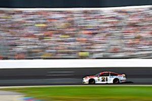 Round Of 12 Playoff Berth On The Line For Blaney At Dover