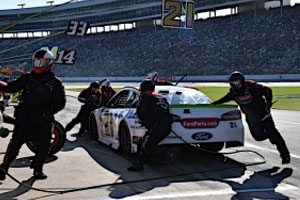 Blaney Continues Impressive Playoff Run With Sixth-Place Finish at Texas