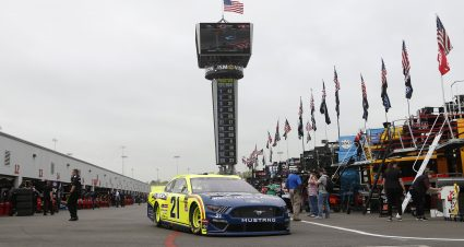 Menard Qualifies 13th At Richmond