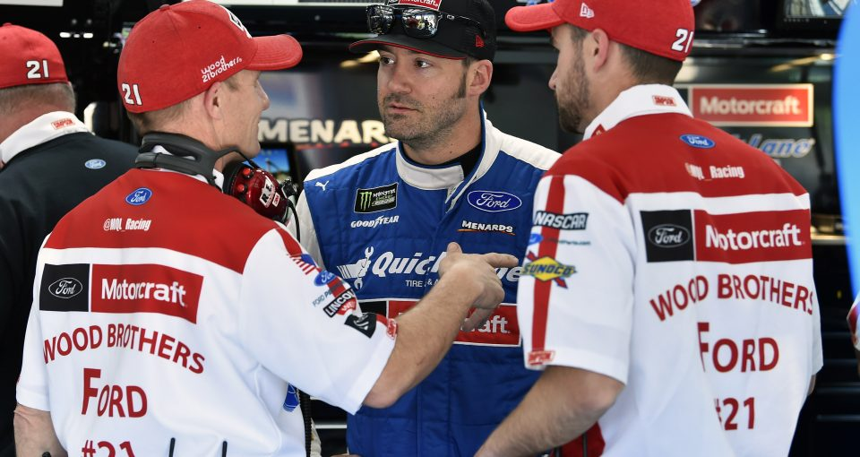 #21: Paul Menard, Wood Brothers Racing, Ford Mustang Quick Lane Tire & Auto Center and Greg Erwin