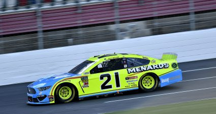 Menards/Knauf Insulation Team To Honor Army Specialist David Hickman At Charlotte