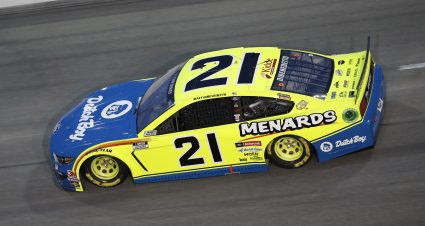 Menards/Dutch Boy Team Heads to Bristol with Playoff Berth on the Line