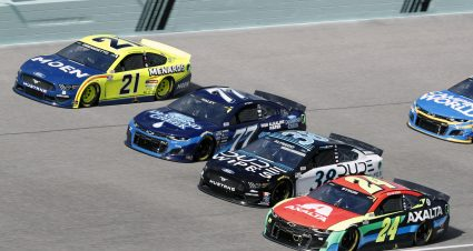 DiBenedetto Finishes 28th at Homestead