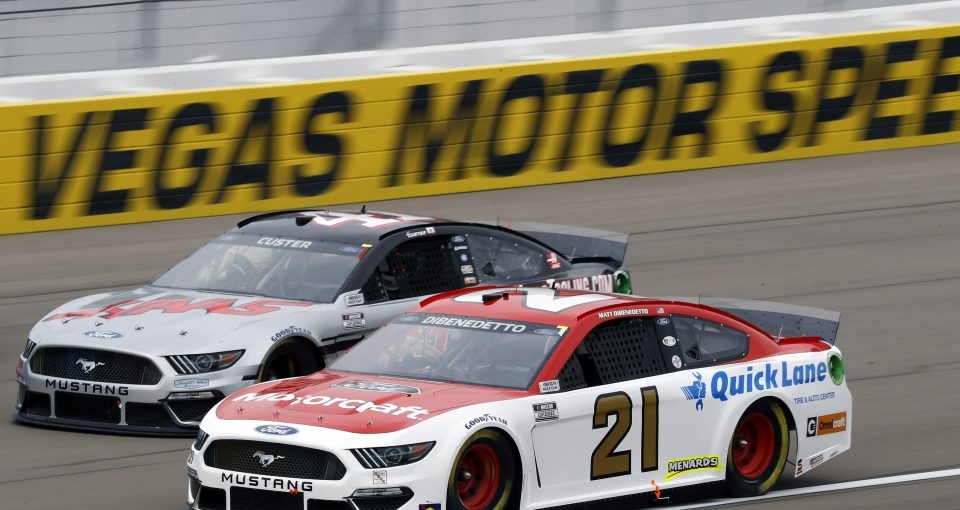 #21: Matt DiBenedetto, Wood Brothers Racing, Ford Mustang Motorcraft/Quick Lane and #41: Cole Custer, Stewart-Haas Racing, Ford Mustang HaasTooling.com